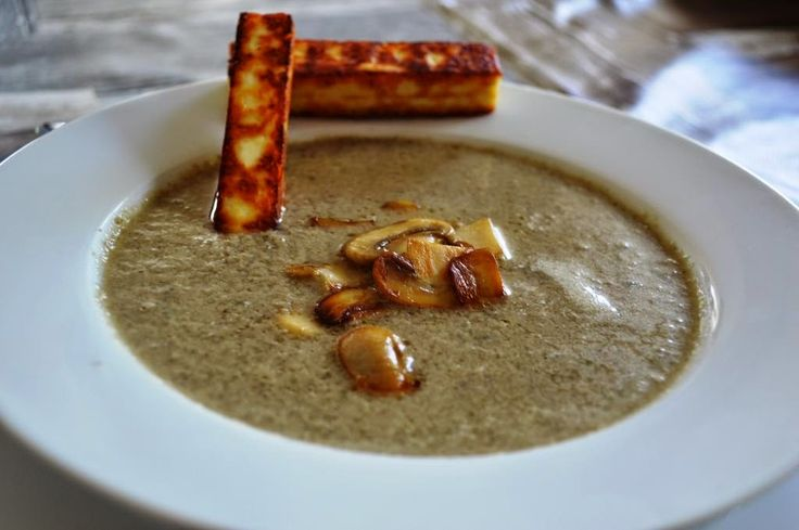 De keuken van Martine: Champignonsoep met gebakken panir