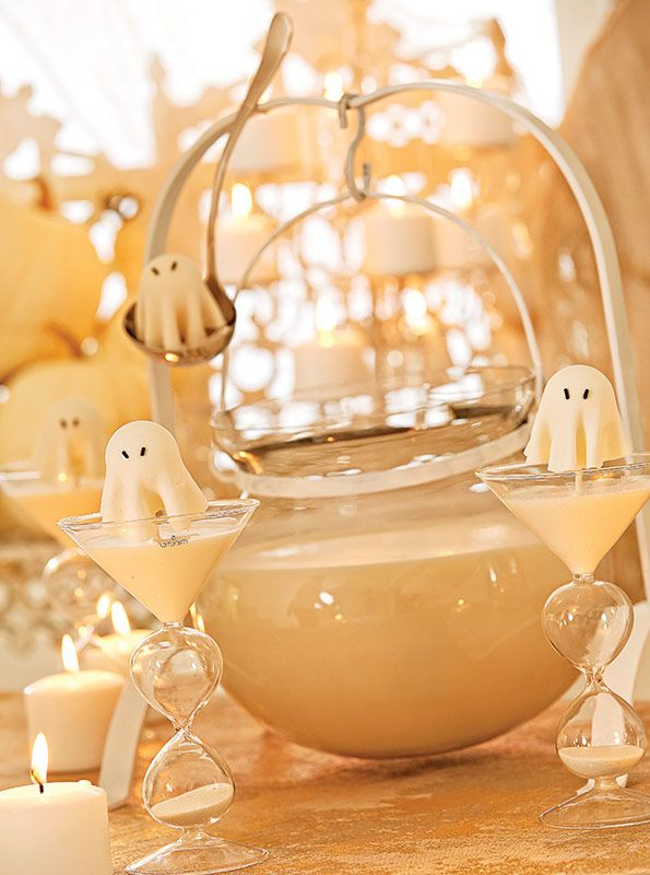 white halloween party create ghosts to garnish cocktails and cupcakes - Evite Halloween Party