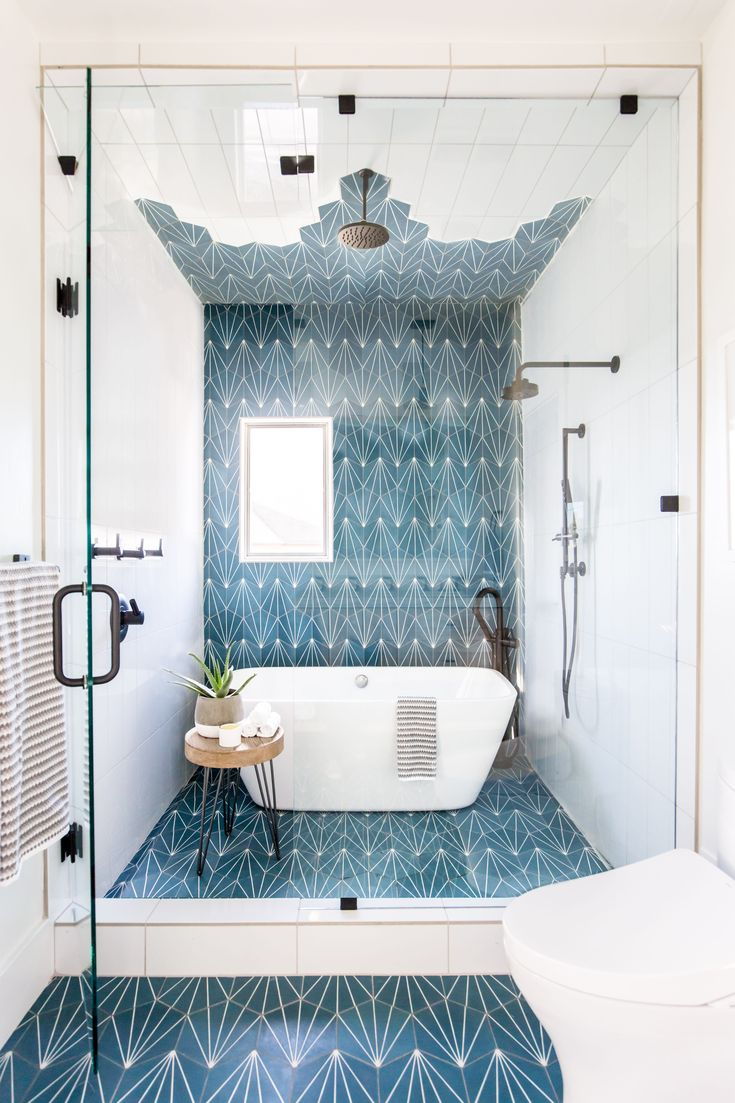 This Vibrant Jack And Jill Kids Bathroom Is Made For