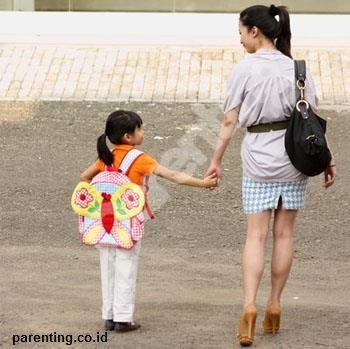 Membuat Anak-anak Senang Berjalan Kaki [Olahraga]