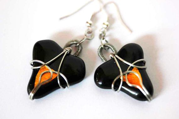 Rope-moulding, Fused glass earrings, Handmade, Decorated with wire, Dangle, Black glass earrings