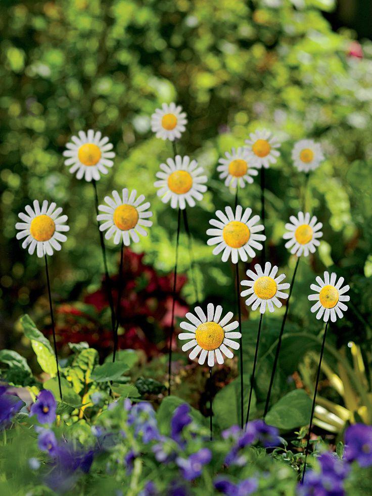 Metal Garden Art Daisy Bouquet Stakes Metal Flowers