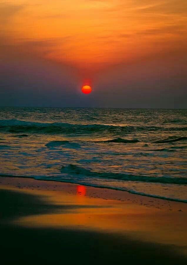 Myrtle Beach sunrise over the Atlantic - Sheraton Broadway Plantation via Sophia G