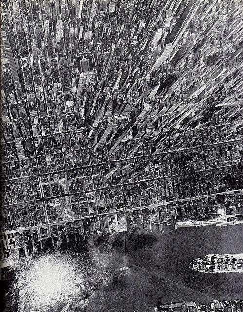 Aeriel view of midtown Manhattan July 1944