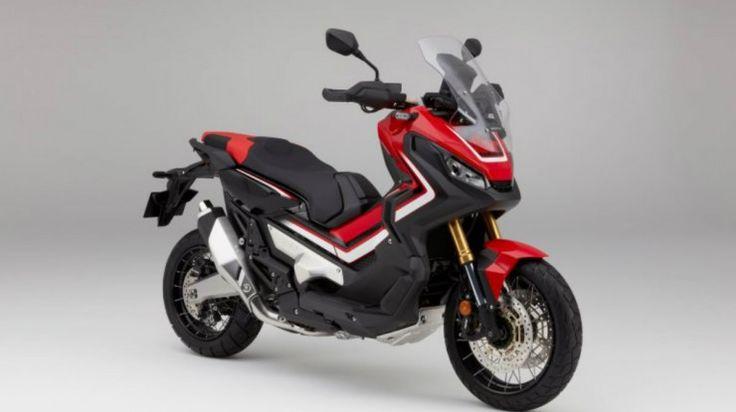 O novo conceito que a Honda lança com a sua nova X-ADV 750, a meio caminho entre uma Trail e uma Scooter, parece querer agradar a um novo segmento de mercado que gosta de todo terreno e que ao mesmo tempo, por razões de utilidade prática no seu dia a dia, pode admitir que uma …