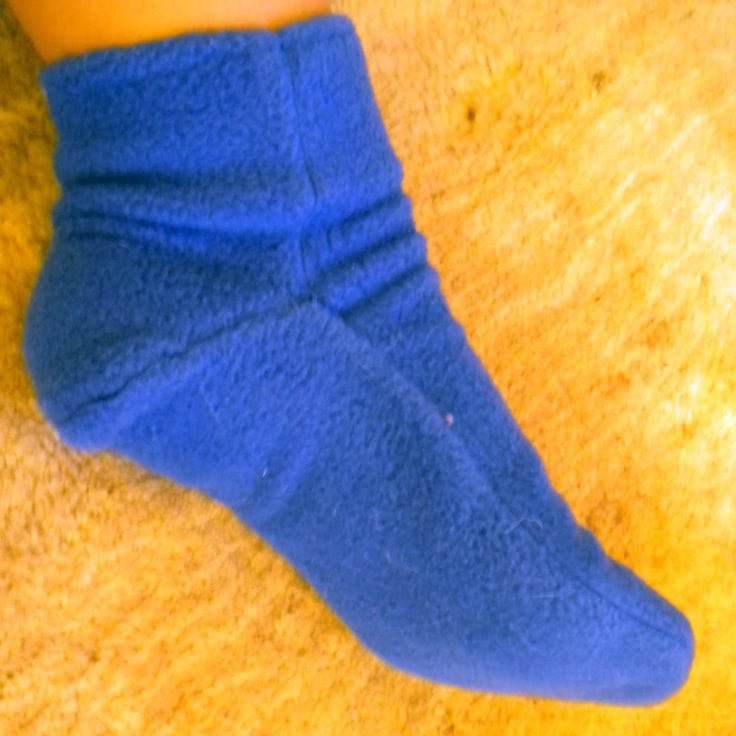 Socks/Slippers Project : Buy an easy fleece sock/slipper pattern. Alternatively, cut out for each slipper: A) Sole  - Piece for around th...