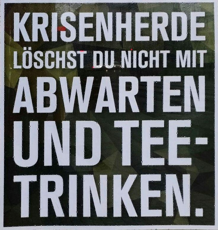 """From the """"false alternative"""" - Dept: Bundeswehr Werbung in Berlin. """"Rein gehen und alles zu klump bombardieren"""" funktioniert offensichtlich auch nicht. https://plus.google.com/+RicoSeiferth/posts/CCvwCLGaPip"""