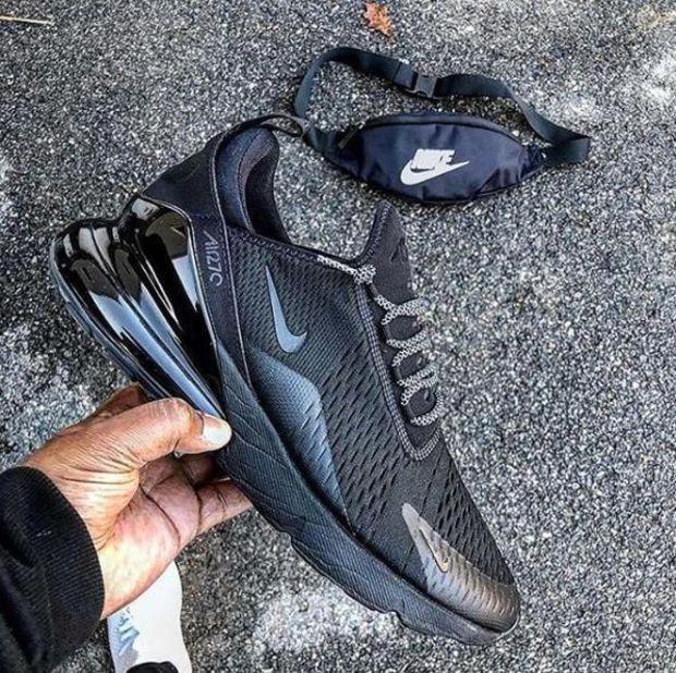 40480e6137fd9 Black Air Max 270 in 2019 | Kicks | Sneakers nike, Air max 270 ...