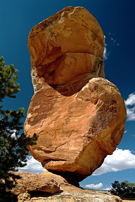 The #Colorado National Monument is home to fantastic rock formations, great views and fun hiking. It's a short drive from our wineries in #Palisade.