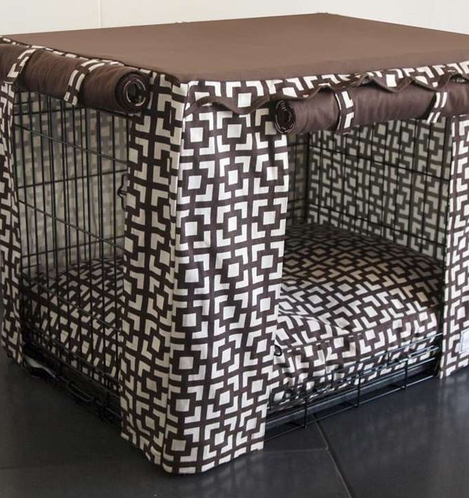 Transform an ordinary metal crate into a den of luxury with this Lattice Crate Cover & Bed.