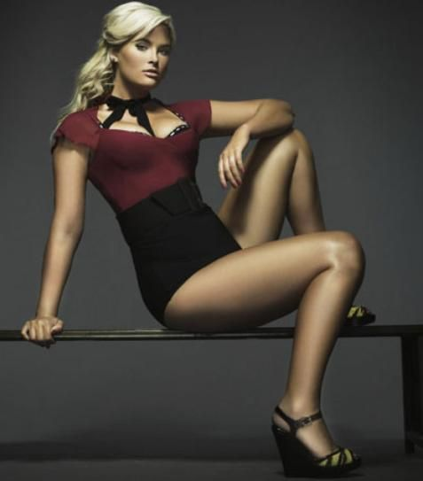 whitney thompson - first plus-size model to win American's Next Top Model