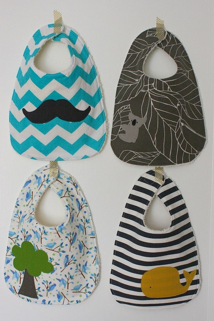 cute boy bibs. I like the chevron and stripes one.: Colors Combos, Baby Boy Bibs, Color Combos, Baby Gifts, Diy Bibs, Diy Baby Bibs, Baby Diy, Baby Boys Bibs, Cute Babies