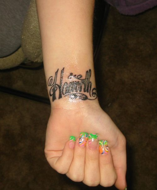 Ornamental Bracelet Tattoo On The Left Wrist Tattoo: Best 25+ Wrist Bracelet Tattoos Ideas On Pinterest