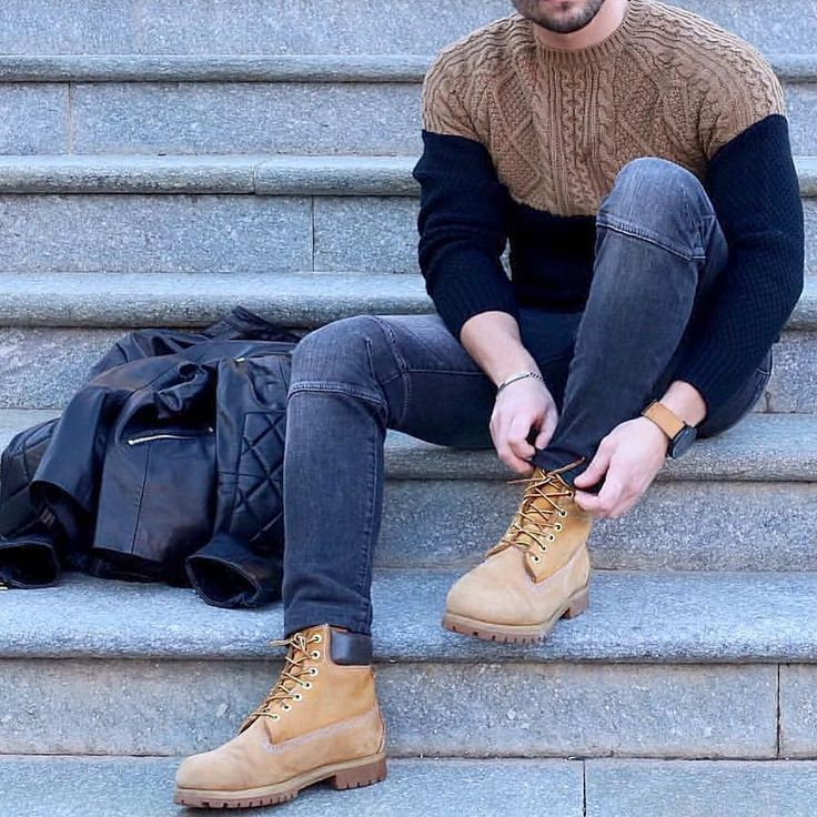 #sweater and #boots  by @stefanotratto [ http://ift.tt/1f8LY65 ]