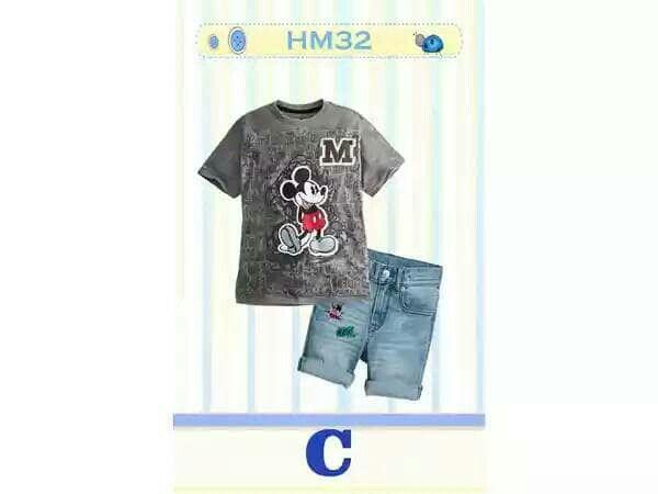 IDR : 128.000 Bahan : Spandek Katun, Jeans Stretch Pinggang celana ada karet yang bisa disesuaikan.  Warna : Abu tua  Usia : 2 ~ 7 tahun.