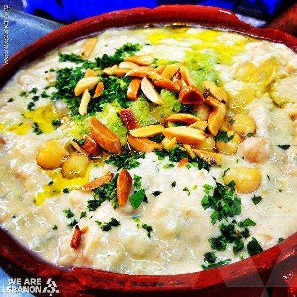 Fatteh for dinner tonight???    شو رأيكن بالفتّة اليوم؟؟؟ http://fb.com/WeAreLebanon