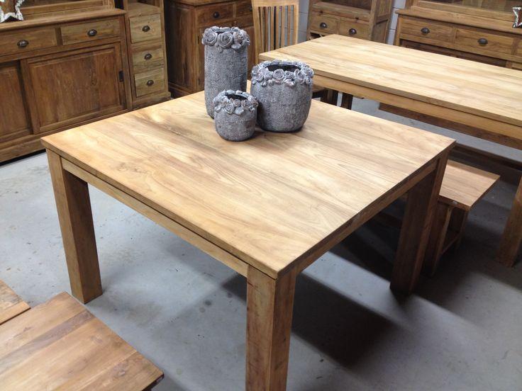 Eettafel vierkant met blokpoten gemaakt van gerecycled teakhout gezellig tafelen aan de - Solide teakhout ...