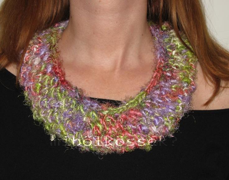 aquarelle sari silk neckthings at mibolkossek.hu/ akvarell nyakbacucc szári selyem fonalból a mibolkossek.hu-n
