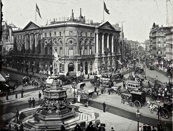 Piccadilly Circus, c.1900