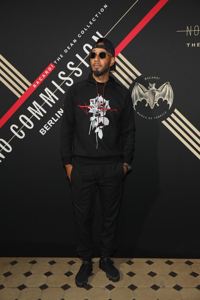 Swizz Beatz Rocks Dior Homme Hoodie And Nike Sneakers At Bacardi X The Dean Collection Event