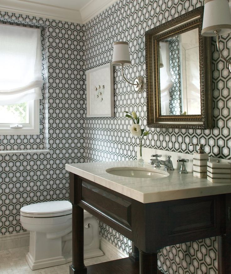 Bathroom design w graphic wallpaper Amy