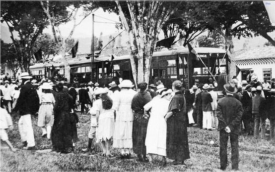 Inauguración del tranvía de Medellín, Octubre 12 de 1921.