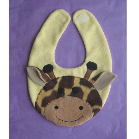 babero con jirafa