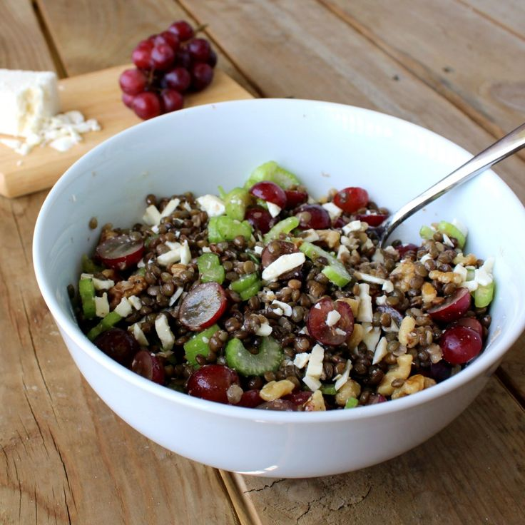 Lentil Salad with Grapes and Feta - the perfect Meatless Monday meal!