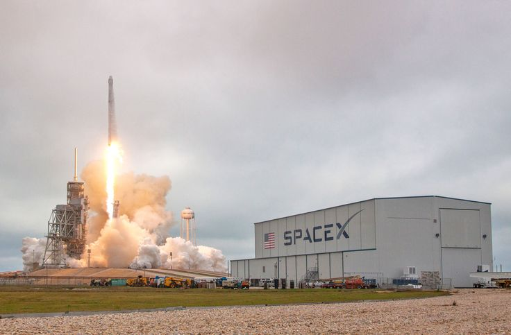 Launch Complex 39A begins new life with SpaceX CRS-10 launch