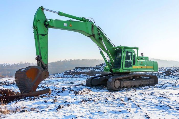 There are different types of earth moving equipment available in the market, it is important for you to choose the one that will serve your purpose right. To buy or sell heavy duty equipment you should get in touch with the most trusted heavy duty equipment dealers who will guide you well.