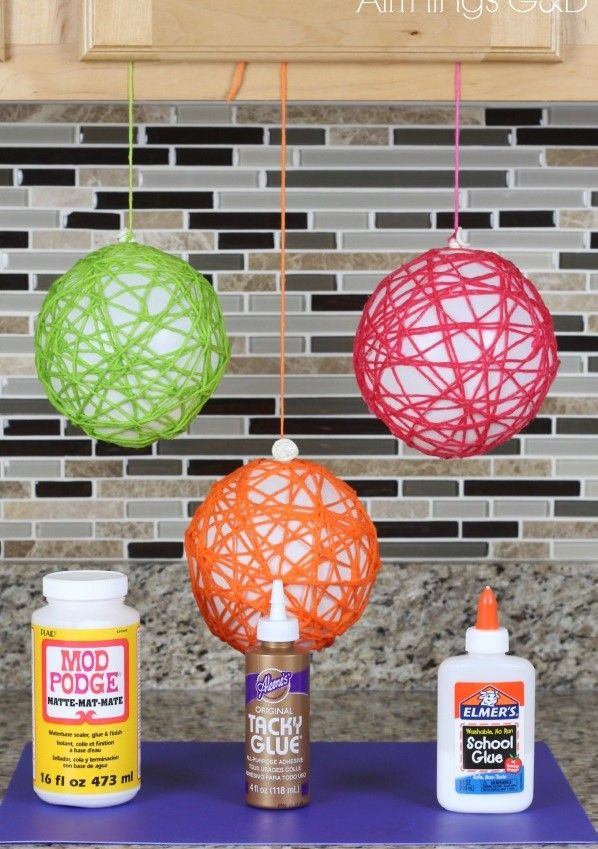 Room Decor Idea With Balloon And Yarn Jute Rope Craft Semihigh Production Yarn Ball Holiday Crafts Yarn Diy