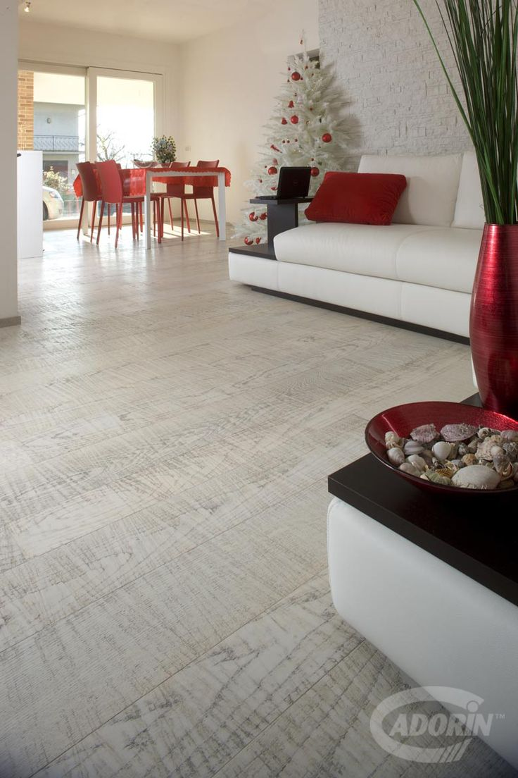 European Selct Oak Ice - saw cutting - ice varnished. Parquet in Rovere select europeo, taglio sega, verniciato Ghiaccio. #cadorin oak wood flooring - italian top quality wood flooring - Hardwood three layers floors @cadoringroup