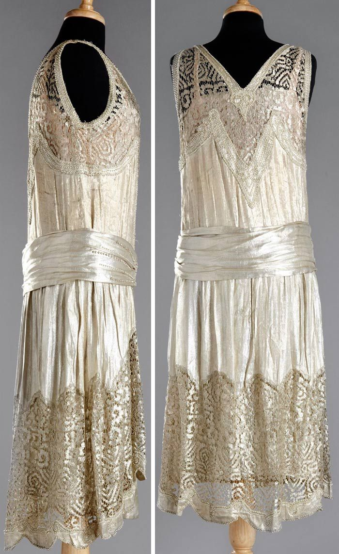 Charleston dress, 1920. Attached under-dress. Gold silk lamé with metallic lace, embroidered with Swarovski crystals and beads. Stockholm Auktionsverk