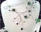 albalone vert, collier bleu foncé, mère de cadeau de la mariée, collier de demoiselles d'honneur, unique délicat collier, bijoux de mariage, cadeau de demoiselles d'honneur
