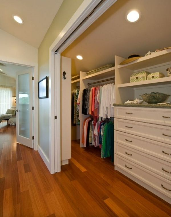 Simple Begehbarer Kleiderschrank Dachschr ge Tolle Tipps zum Selberbauen