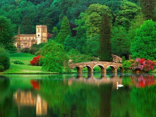 .: Emeralds, Dreams Home, Lakes Como, Como Italy, Beautiful, English Gardens, Castles, Bridges, Photo