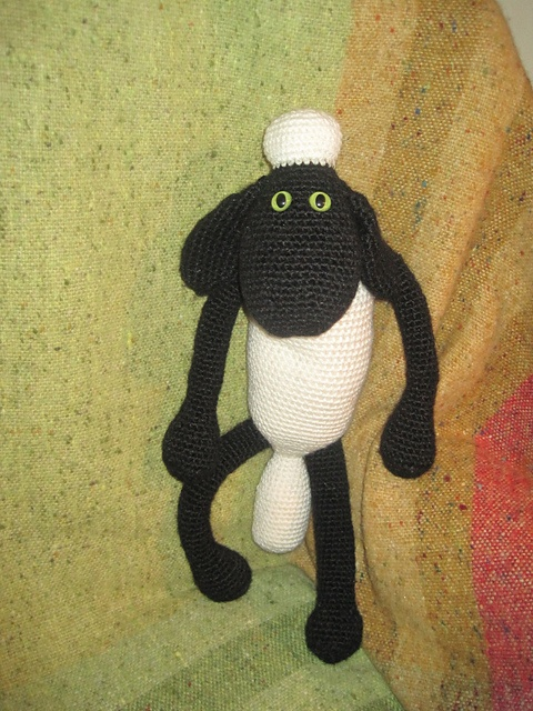 Ravelry: ashlaw's Shaun the Sheep from PurpleLinda's pattern