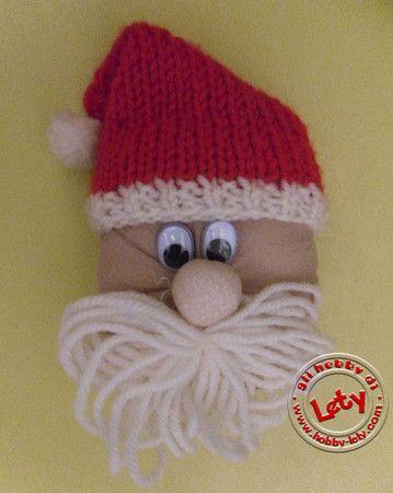 Babbo Natale con calze di nylon