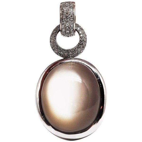 18 Karat White Gold Pendent With Moonstone ($5,568) ❤ liked on Polyvore featuring jewelry, drop necklaces, white, moonstone jewelry, moonstone jewellery, 18k white gold jewelry, 18k jewelry and 18 karat gold jewelry