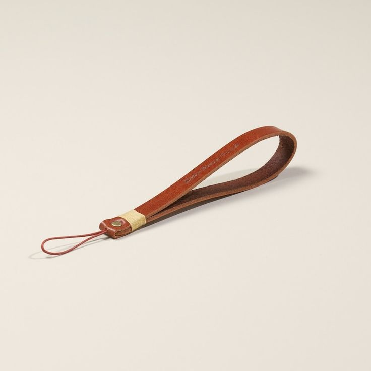 Roberu Tan Leather hand camera strap