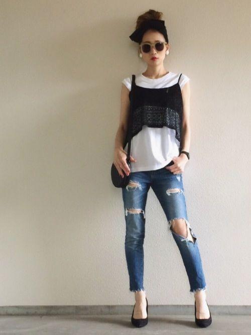 メンズのTシャツのリメイクトップス×ビスチェ  ダメージリメイクデニム🌟  Instagram▷▶︎@yukkey_iii