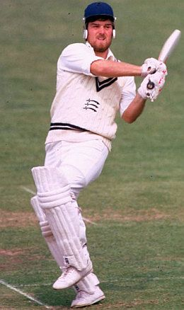 Mike Gatting (England.) Captained England in the Ashes and made 4 Ashes Test centuries.