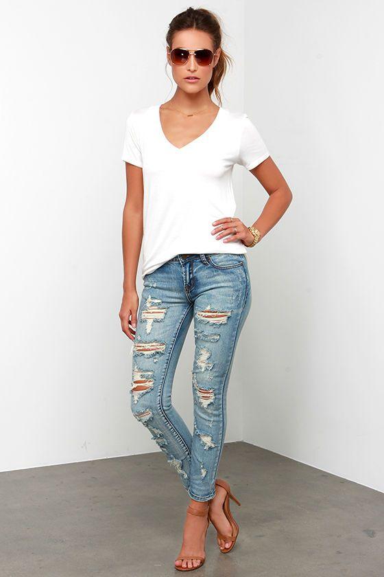 Arizona Distressed Medium Wash Ankle Skinny Jeans at Lulus.com!