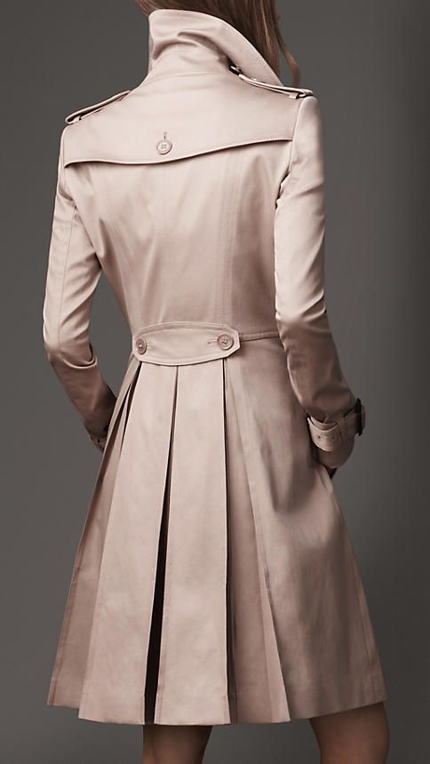 Long Full Skirt Stretch-Cotton Trench Coat in Oyster | Burberry
