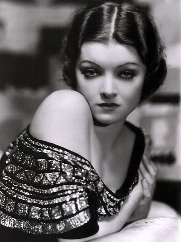 21. Мирна Лой ( 2 августа 1905 — 14 сентября 1993) — американская актриса 1930-х годов.