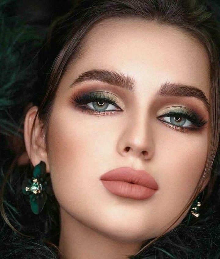 Pin By Pavan Kumar On Maquiagem Eye Makeup Art Makeup Eyeshadow Looks