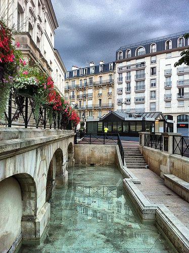 Place de la Mairie, Issy les Moulineaux