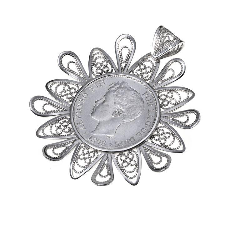 Colgante de Moneda autentica Alfonso XIII. 5pts.  Filigrana  Hecho a mano  Diseño único  Moneda autentica  Plata de Ley 925