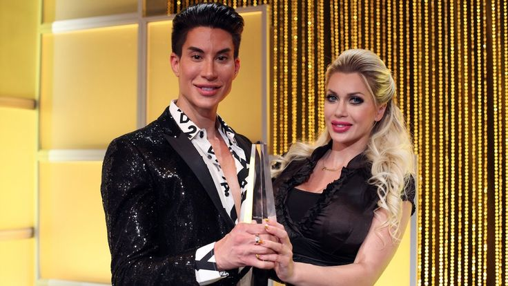 Pixee Fox & Justin Jedlica Win At The Plastic Surgery Oscars: HOOKED ON ...
