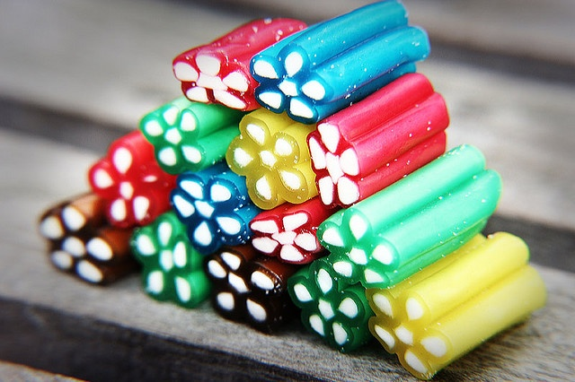 Man blir ju sugen!!! Swedish treats are colorful - craving these now!
